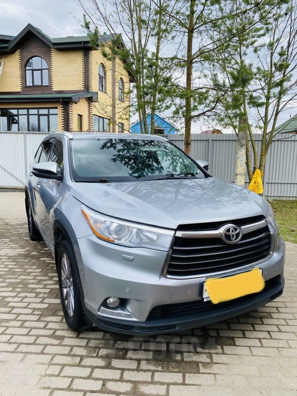 Toyota Highlander, 2014 год, 1 630 000 руб.