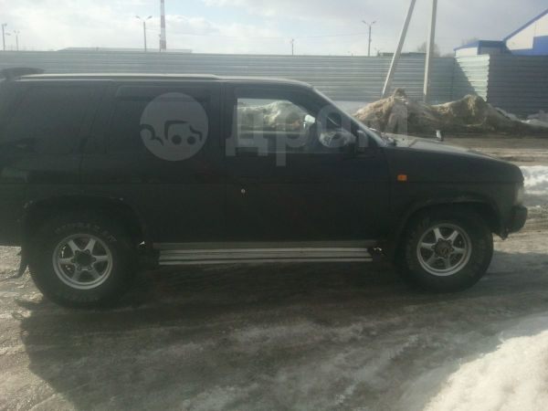Nissan Terrano, 1995 год, 380 000 руб.