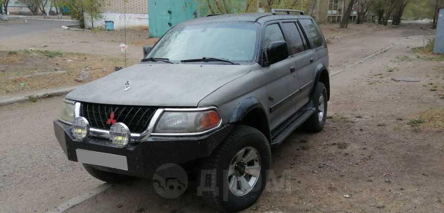 Mitsubishi Montero Sport, 2001 год, 300 000 руб.