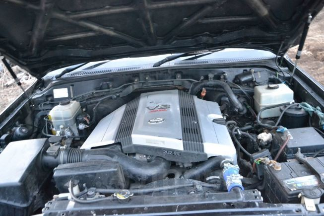 Toyota Land Cruiser Cygnus, 1999 год, 1 070 000 руб.