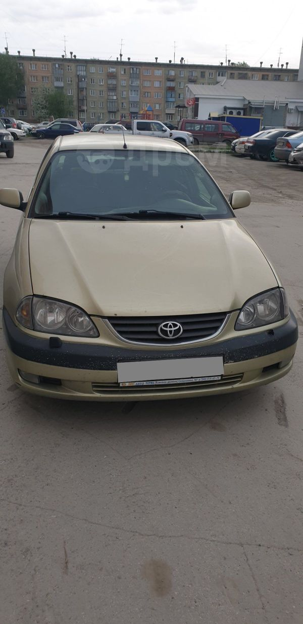Toyota Avensis, 2001 год, 260 000 руб.