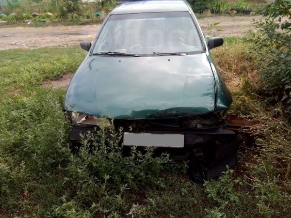 Nissan Almera, 1996 год, 35 000 руб.