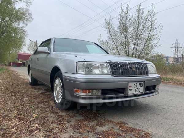 Toyota Crown, 1999 год, 335 000 руб.