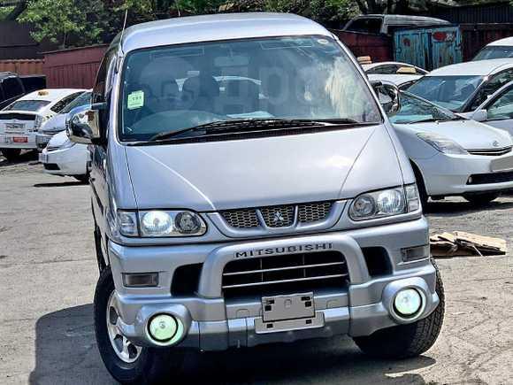 Mitsubishi Delica, 2005 год, 390 000 руб.