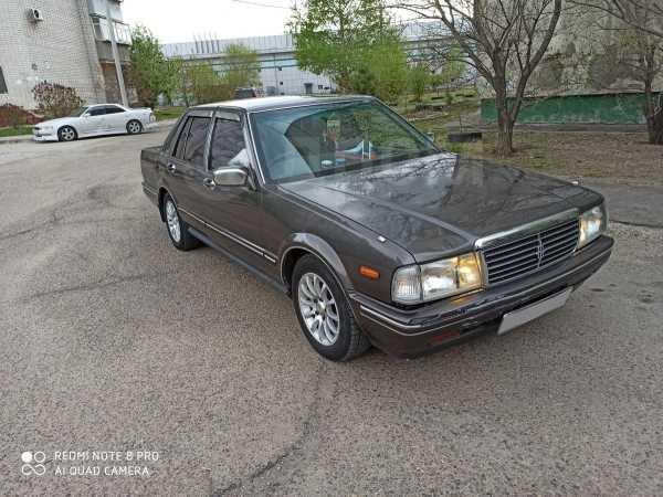 Nissan Cedric, 1988 год, 150 000 руб.