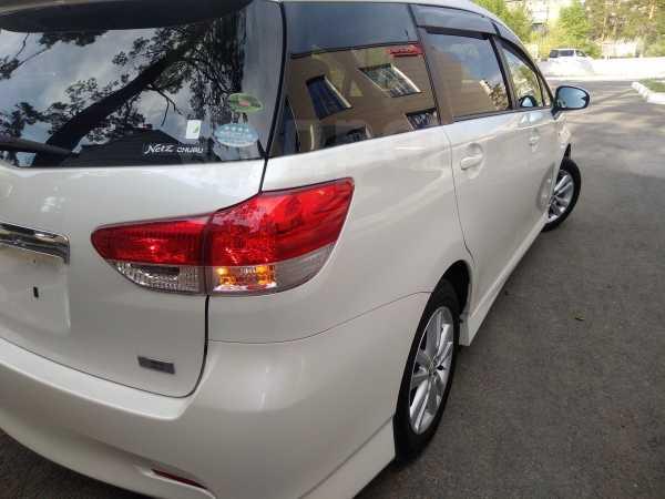 Toyota Wish, 2009 год, 797 000 руб.