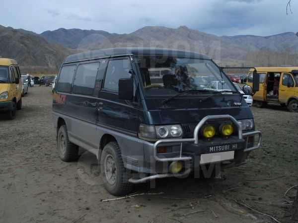Mitsubishi Delica, 1992 год, 245 000 руб.