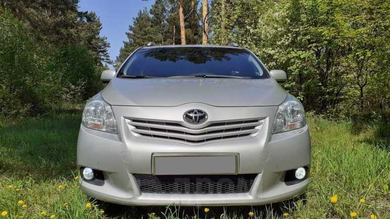 Toyota Verso, 2010 год, 760 000 руб.