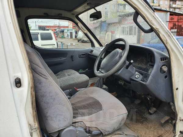Toyota Hiace Regius, 2001 год, 155 000 руб.
