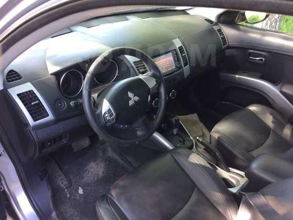 Mitsubishi Outlander, 2012 год, 935 000 руб.