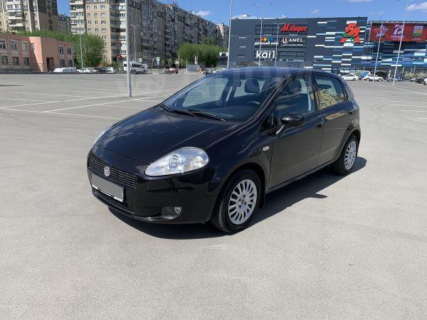 Fiat Grande Punto, 2010 год, 349 800 руб.