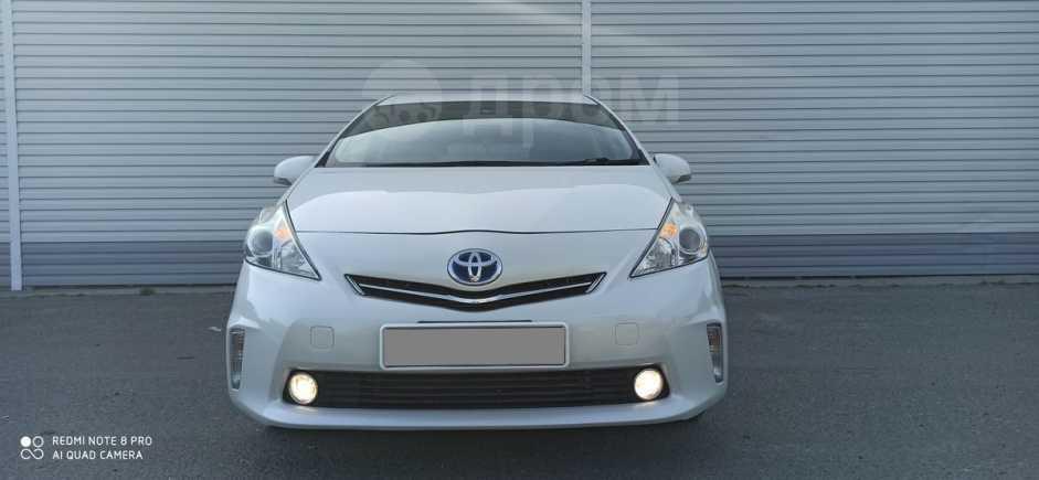 Toyota Prius a, 2013 год, 960 000 руб.