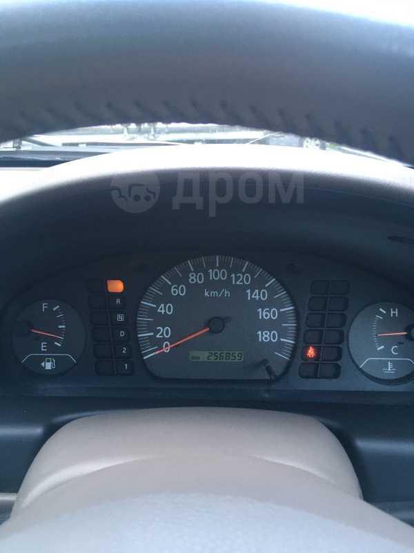 Nissan Sunny, 2004 год, 178 000 руб.