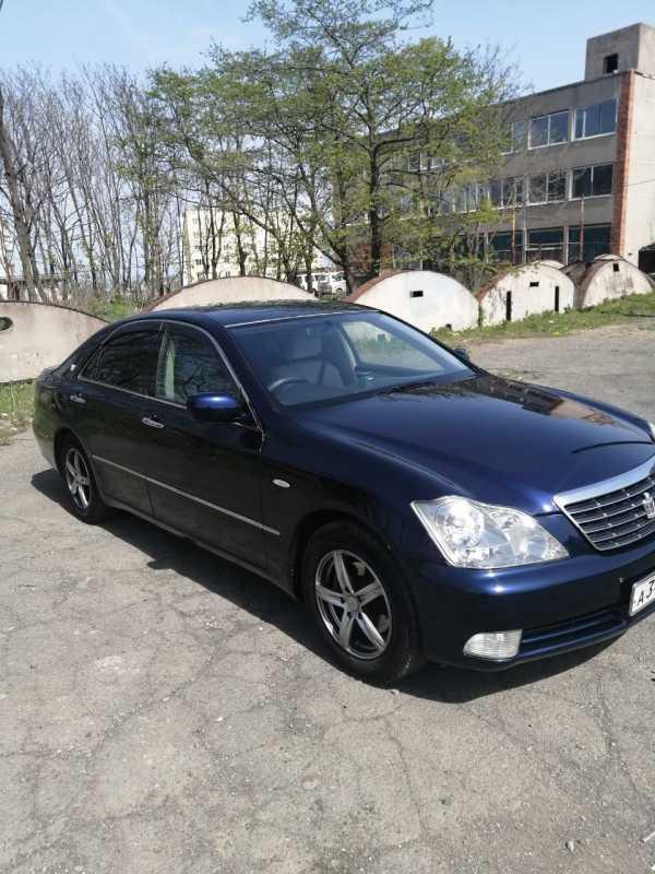 Toyota Crown, 2006 год, 680 000 руб.