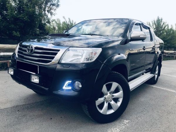 Toyota Hilux Pick Up, 2012 год, 1 400 001 руб.