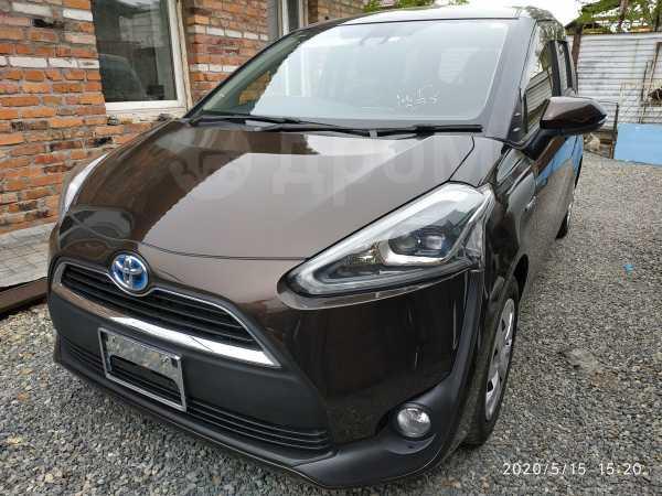 Toyota Sienta, 2016 год, 799 000 руб.