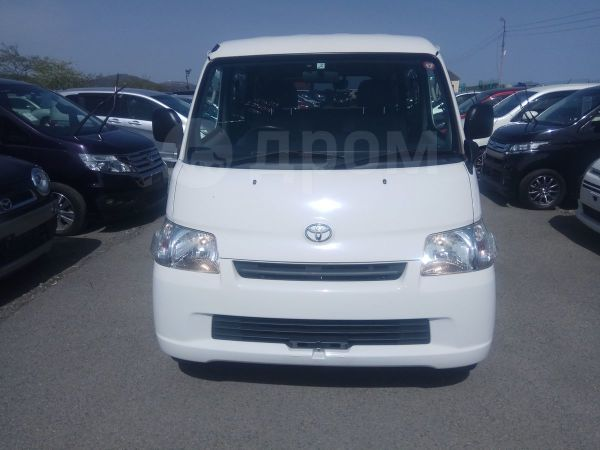 Toyota Town Ace, 2017 год, 765 000 руб.