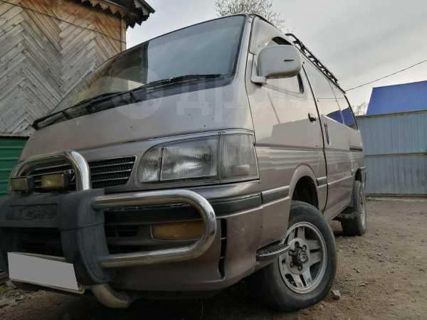 Toyota Hiace, 1998 год, 300 000 руб.