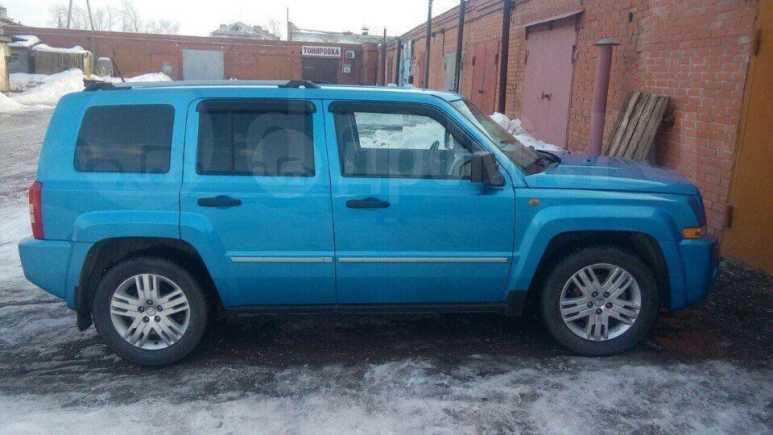 Jeep Liberty, 2007 год, 580 000 руб.