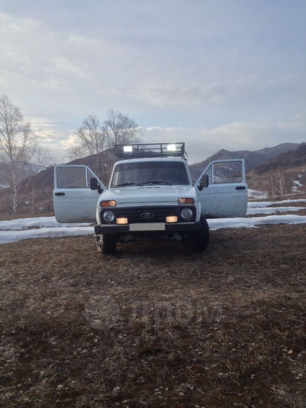 Лада 4x4 2121 Нива, 1980 год, 98 000 руб.