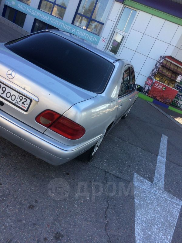 Mercedes-Benz E-Class, 2000 год, 190 000 руб.