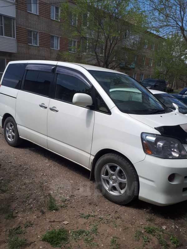 Toyota Noah, 2005 год, 550 000 руб.