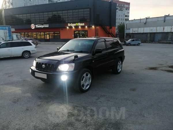 Toyota Kluger V, 2003 год, 599 000 руб.