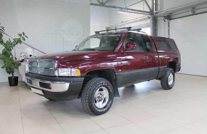 Dodge Ram, 2000 год, 630 000 руб.
