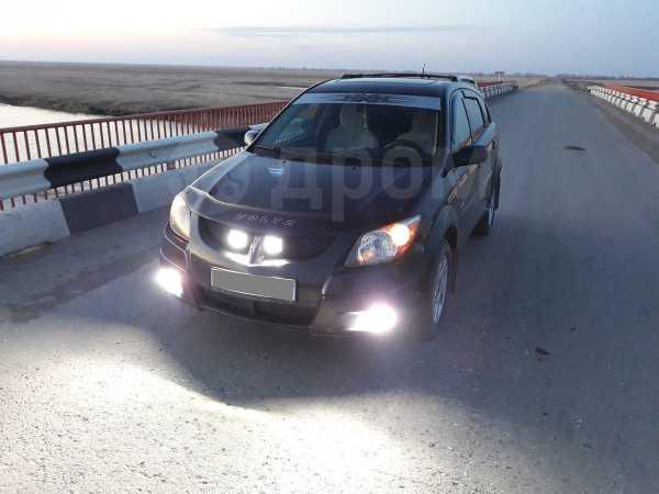 Pontiac Vibe, 2003 год, 390 000 руб.