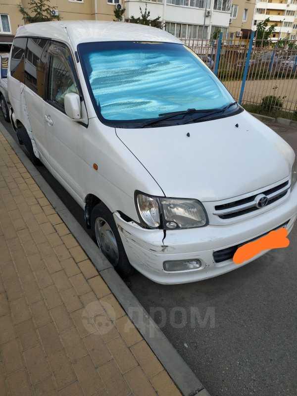 Toyota Lite Ace Noah, 2000 год, 200 000 руб.