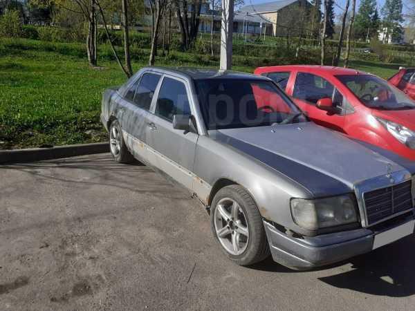Mercedes-Benz E-Class, 1993 год, 70 000 руб.