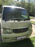 Toyota Hiace, 2002 год, 670 000 руб.