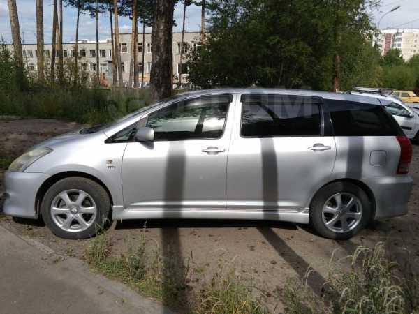 Toyota Wish, 2005 год, 600 000 руб.