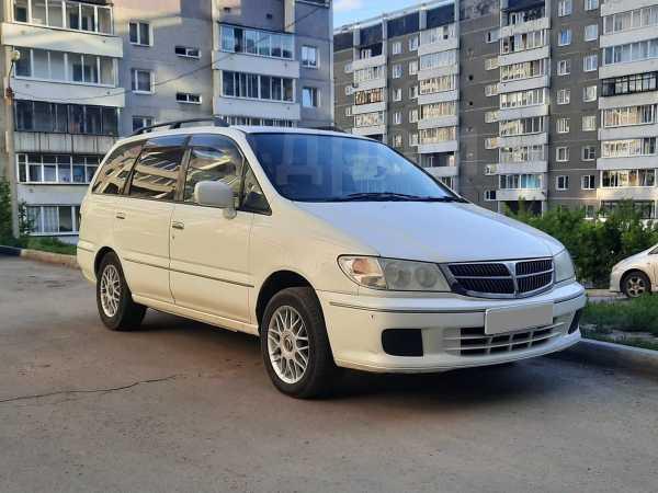 Nissan Presage, 2000 год, 245 000 руб.