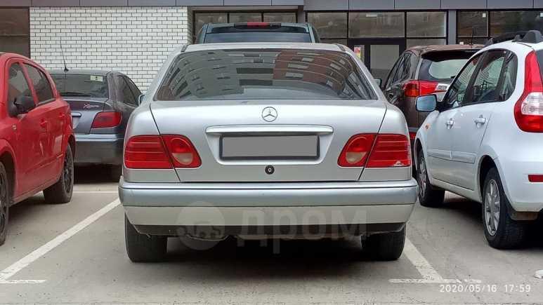 Mercedes-Benz E-Class, 1996 год, 225 000 руб.