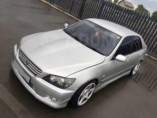 Toyota Altezza, 2001 год, 700 000 руб.
