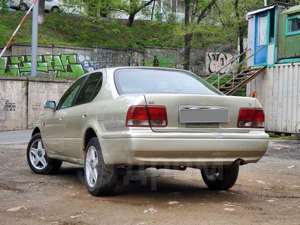Toyota Camry, 1998 год, 111 000 руб.