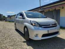 Биробиджан Toyota Isis 2010