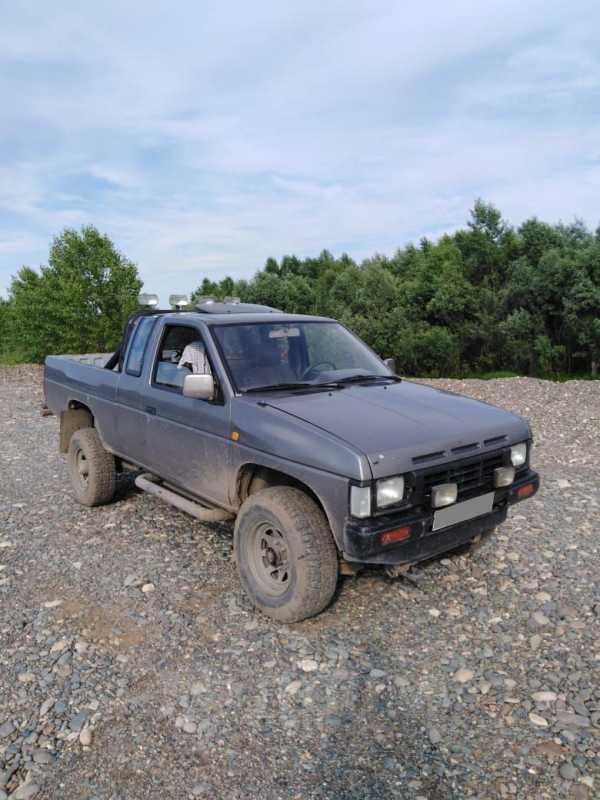 Nissan Terrano, 1989 год, 230 000 руб.