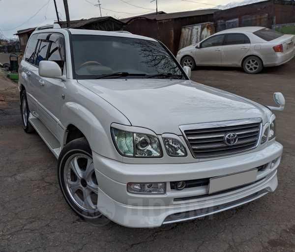 Toyota Land Cruiser Cygnus, 2003 год, 1 330 000 руб.