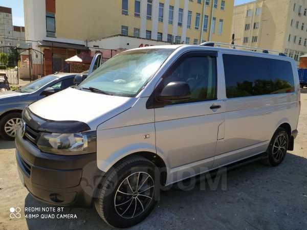 Volkswagen Caravelle, 2014 год, 1 250 000 руб.