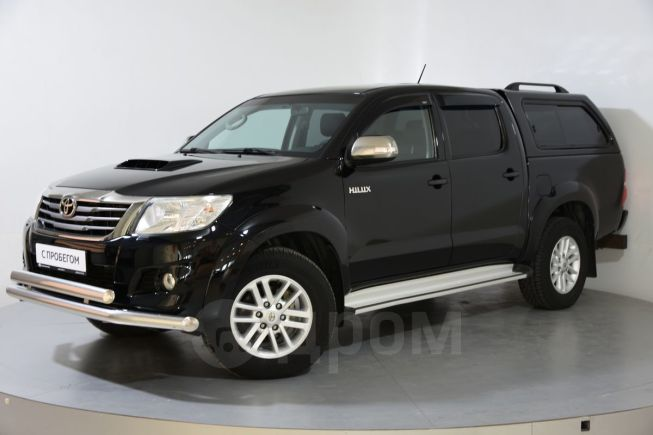Toyota Hilux Pick Up, 2015 год, 1 290 000 руб.