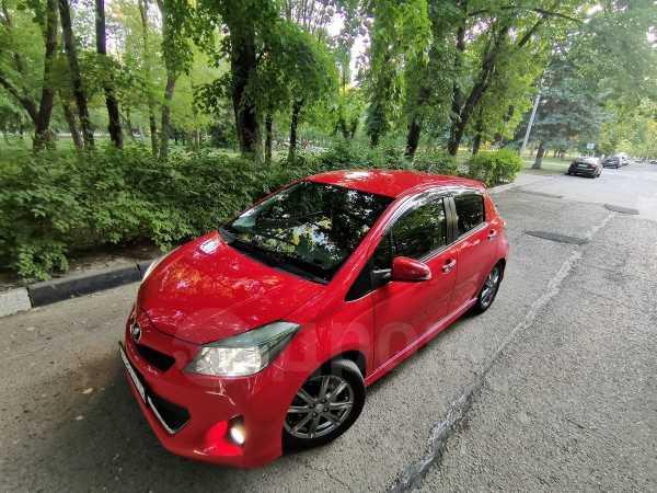 Toyota Vitz, 2013 год, 650 000 руб.
