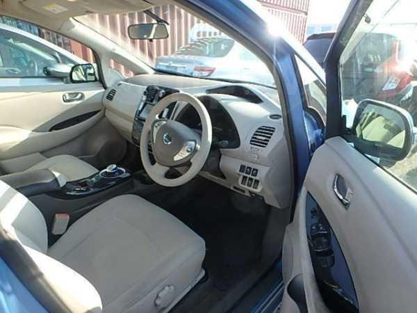 Nissan Leaf, 2012 год, 409 000 руб.