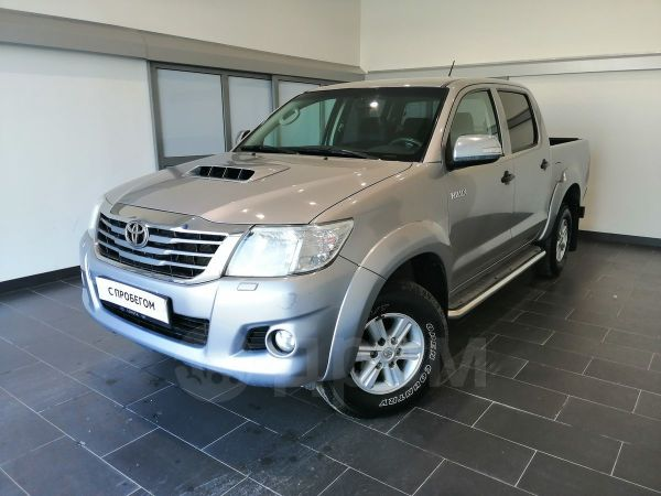Toyota Hilux Pick Up, 2014 год, 1 270 000 руб.