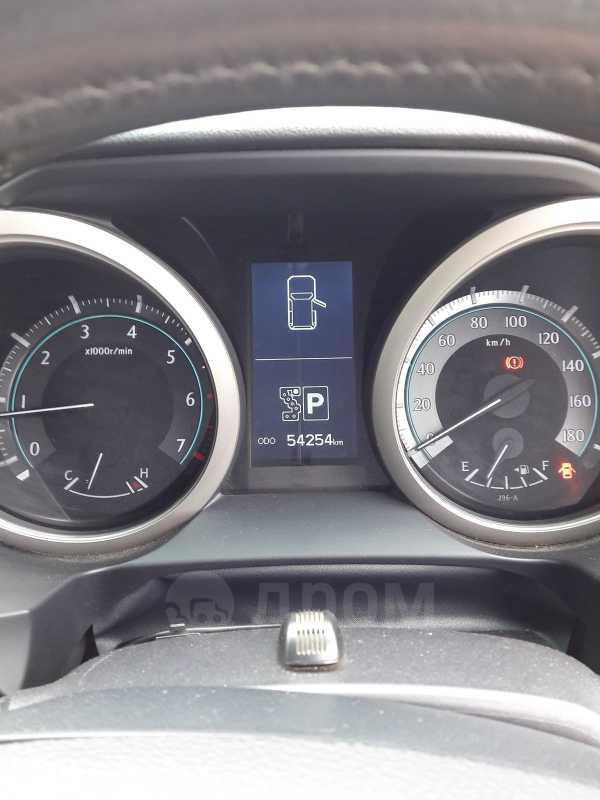 Toyota Land Cruiser Prado, 2011 год, 1 930 000 руб.