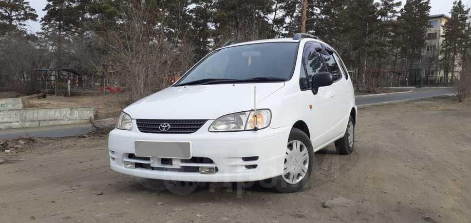 Toyota Corolla Spacio, 1999 год, 199 000 руб.