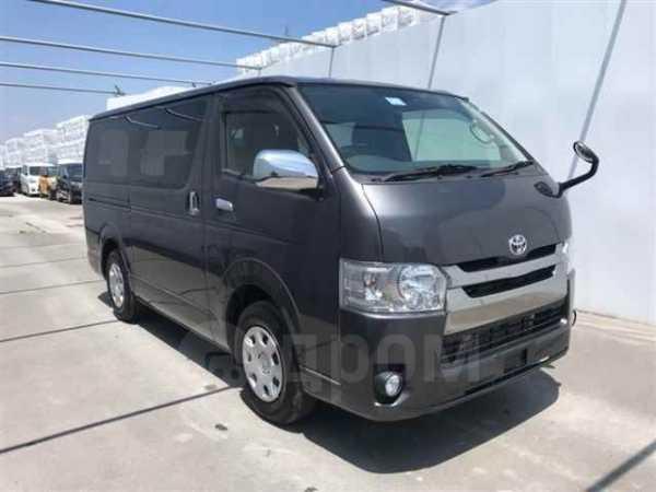 Toyota Hiace, 2017 год, 1 250 000 руб.