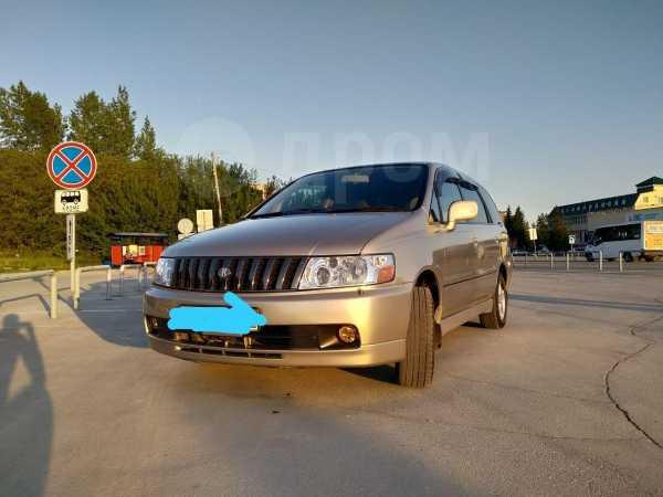 Nissan Bassara, 2000 год, 399 000 руб.