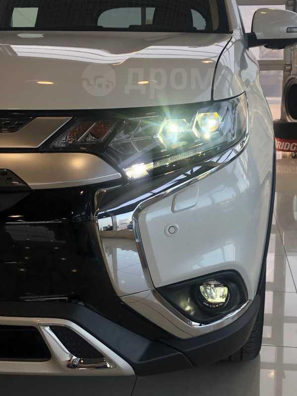 Mitsubishi Outlander, 2020 год, 2 559 500 руб.